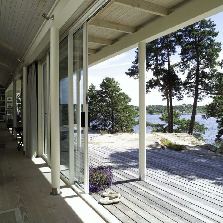 Norwegian summer house - Photo: Espen Grønli. - Hytte Kritt arkitekter Erik Collett / Hanne Arvik=