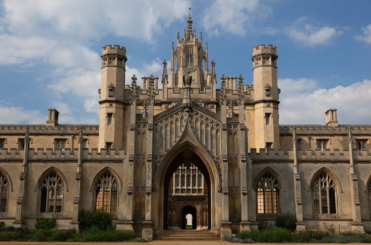 St John's College — University of Cambridge, United Kingdom | 21 College Campuses That Make You Feel Like You're At Hogwarts