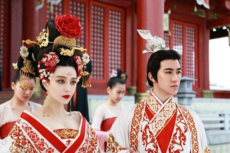 Daan Iteya, Son of Heaven, Divine Emperor of Cathaia, and his sister the Princess Kikinu Iteya, Flower of Loishan. (married Eldarion)
