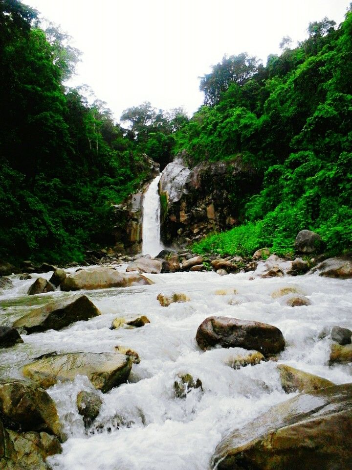 Mangku Sakti Waterfall, Lombok