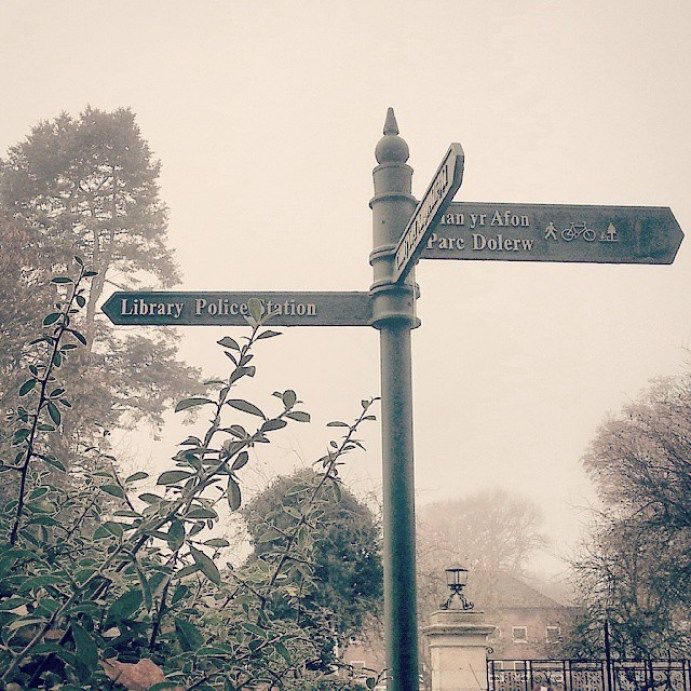 Always makes me think: and what the Library Police is up to today? #unusualsigns #wales #newtown #powys #signs #directions #police #library #NewtownPowys #sepia #foggy #fog #town #today #funny #morning - LinanDara's Art-n-Folk