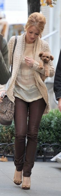 Skinny chocolate jeans, chocolate shoes, white sweater and grey tee shirt