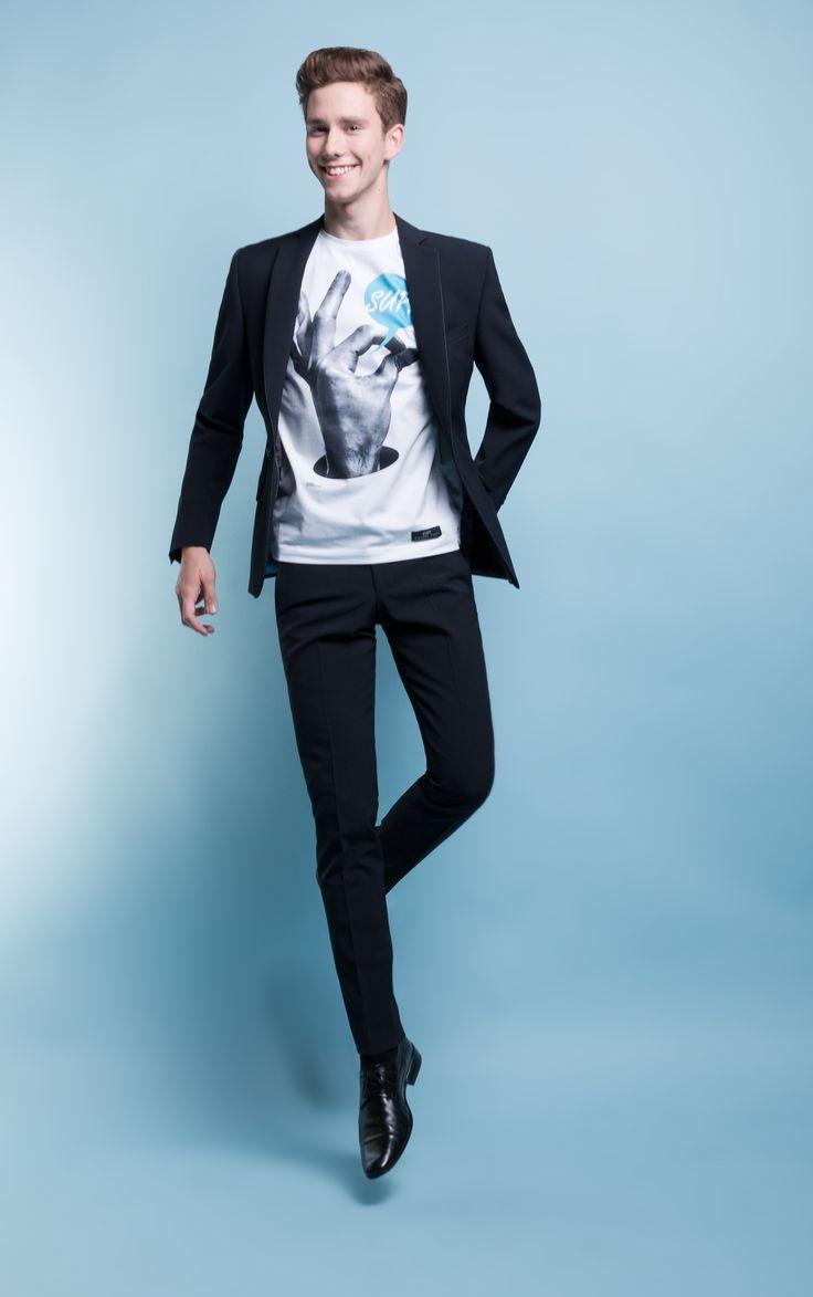 """Stylizacja na studniówkę z garniturem Marcus 1 192 B - Kolekcja studniówkowa 2013/2014 """"Endings&Beginnings"""" marki Giacomo Conti - garnitury studniówkowe za 599zł + koszula za 1zł + krawat/mucha za 1zł #giacomoconti"""