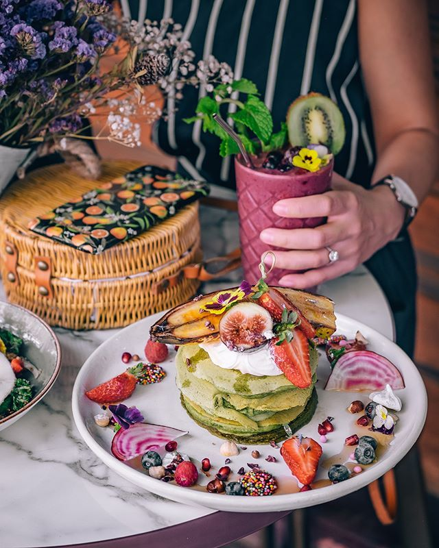 'Tropical fall' by @paulpayasalad #tropicalfall #idealofsweden #breakfast #inspiration #phonecase