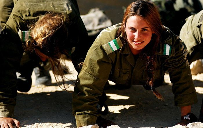 Hottest Weapon: Israeli Female Soldiers Show Off Their Sexy Side (PHOTOS) - Sputnik International