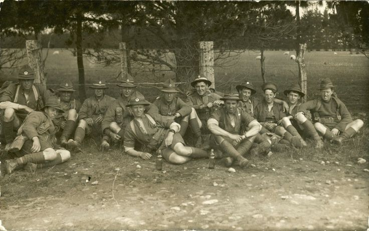 Sharing Soldiers, Trentham 1916 [P2-110-280] at Upper Hutt City Library