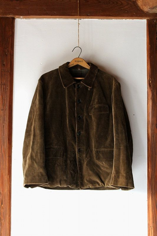 Already have a brown corduroy jacket, just for reference.
