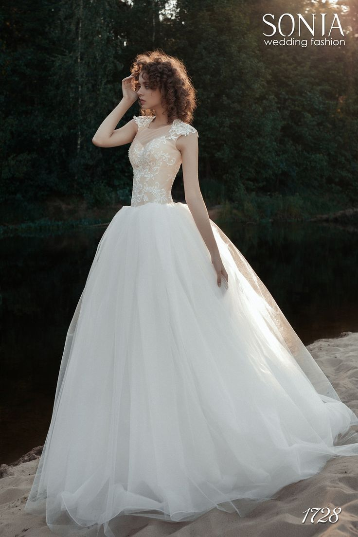 Свадебное платье 1728