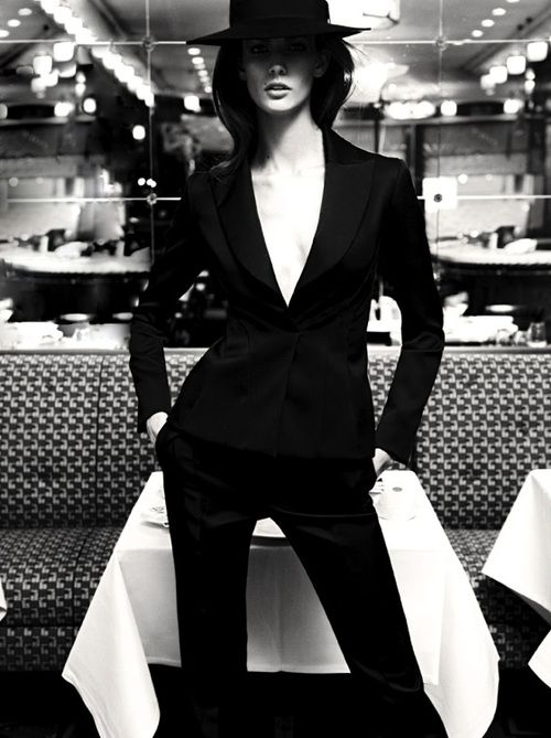 'New Menu' | Kendra Spears By Claudia Knoepfel + Stefan Indlekofer For Vogue Russia | April2013