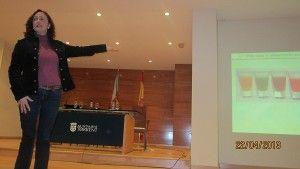 """Webinar: """"La importancia de los alimentos ecológicos"""" - Huertos Compartidos. """"La importancia de los alimentos ecológicos"""", videoconferencia impartida por Mª Dolores Raigón, catedrática de la Universidad Politécnica de Valencia y presidenta de la Sociedad Española de Agricultura Ecológica. Lunes, 10 de marzo, a las 21 h (zona horaria de Madrid). Reserva esta videoconferencia aquí: http://huertoscompartidos.edudip.com/#!webinar,id=73898"""