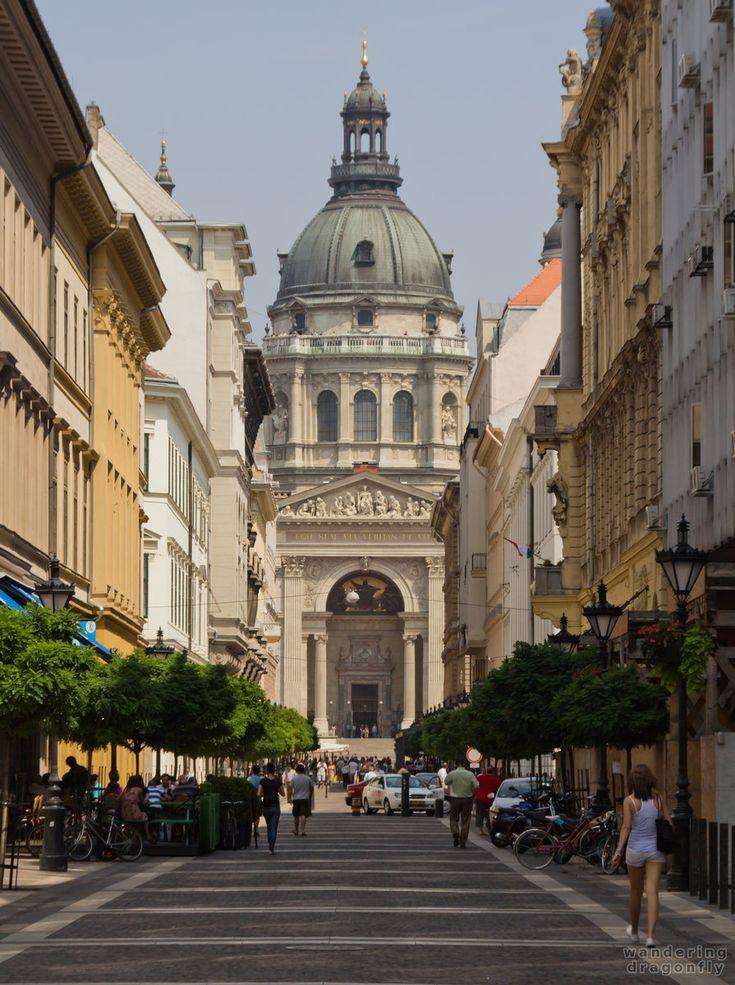 Saint Stephen's Basilica -- christian temple, street