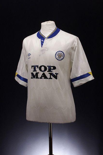 Leeds United Football Shirt (1990-1991, home)