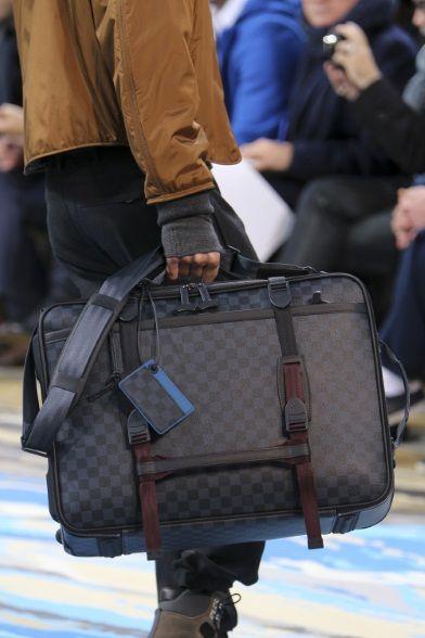 Sfilata Louis Vuitton Milano Moda Uomo Autunno Inverno 2014-15 - Vogue