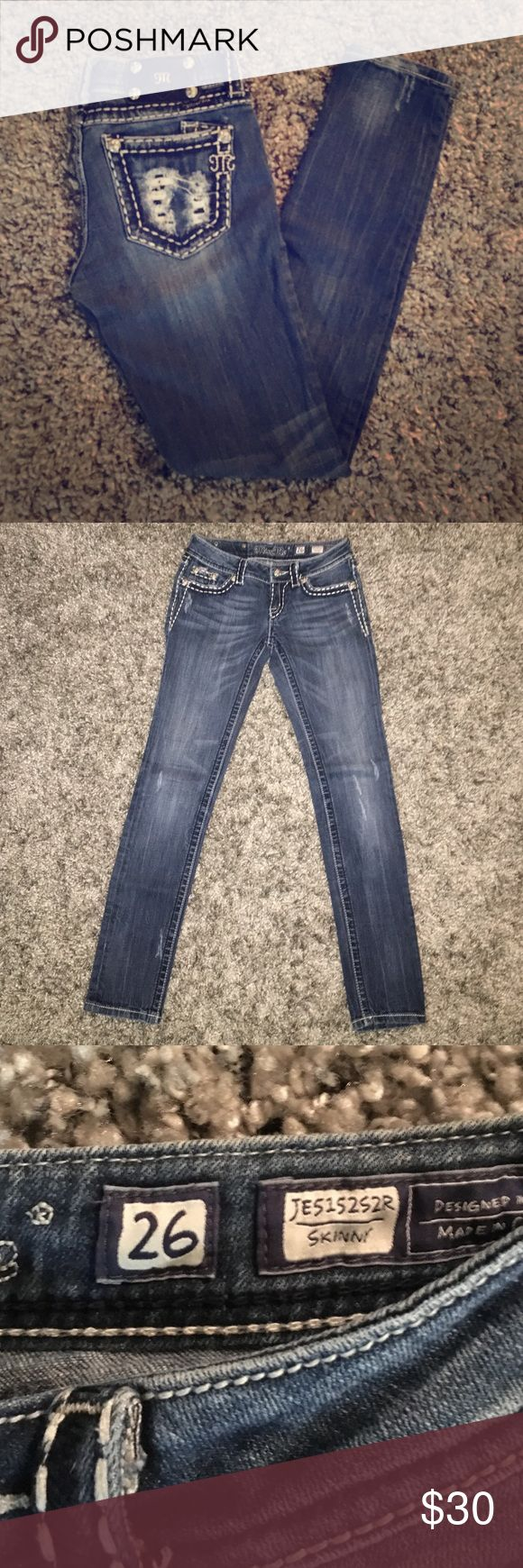 MissMe Skinny Jeans! Size 26. Inseam 31. Lightly worn, great condition. White stitching with destruction pocket detail! Purchased at the Buckle store. Miss Me Jeans Skinny