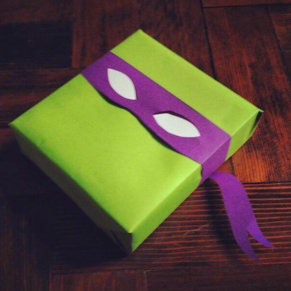Tortues Ninja en emballage de cadeau original