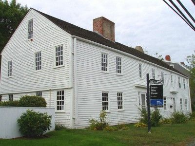 17 best images about first period buildings on pinterest for Early new england homes