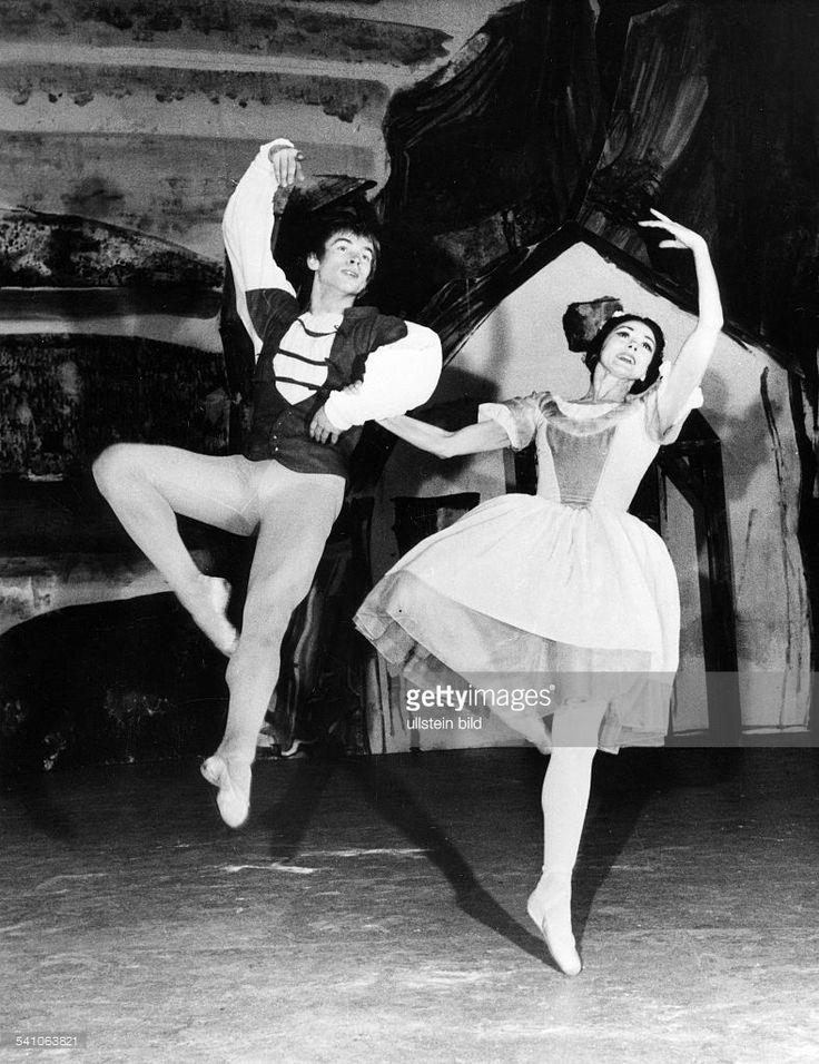 Rudolf Nurejew *-+Tänzer, Ballett, Choreograph, Russland / Österreichmit Margot Fonteyn in 'Giselle' mit'The Australian Ballet' im Theater desWestens berlinNovember 1965