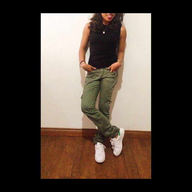 Army pants, adidas sam smith, black top