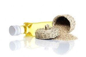 sesame oil1 300x199 The Health Benefits Of Using Sesame Seed Oil‏
