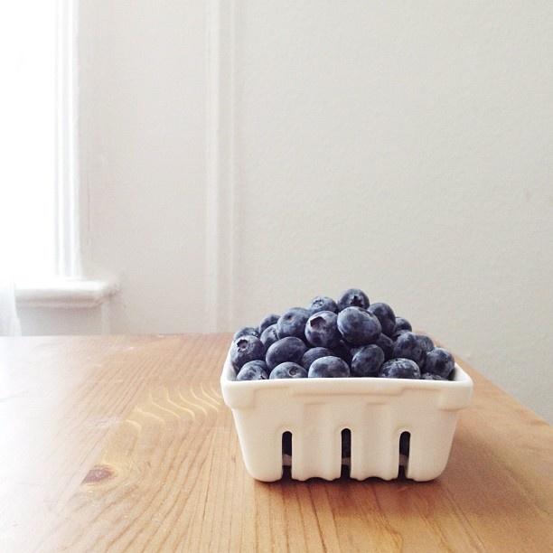 Berries / Alice Gao #phonephotography