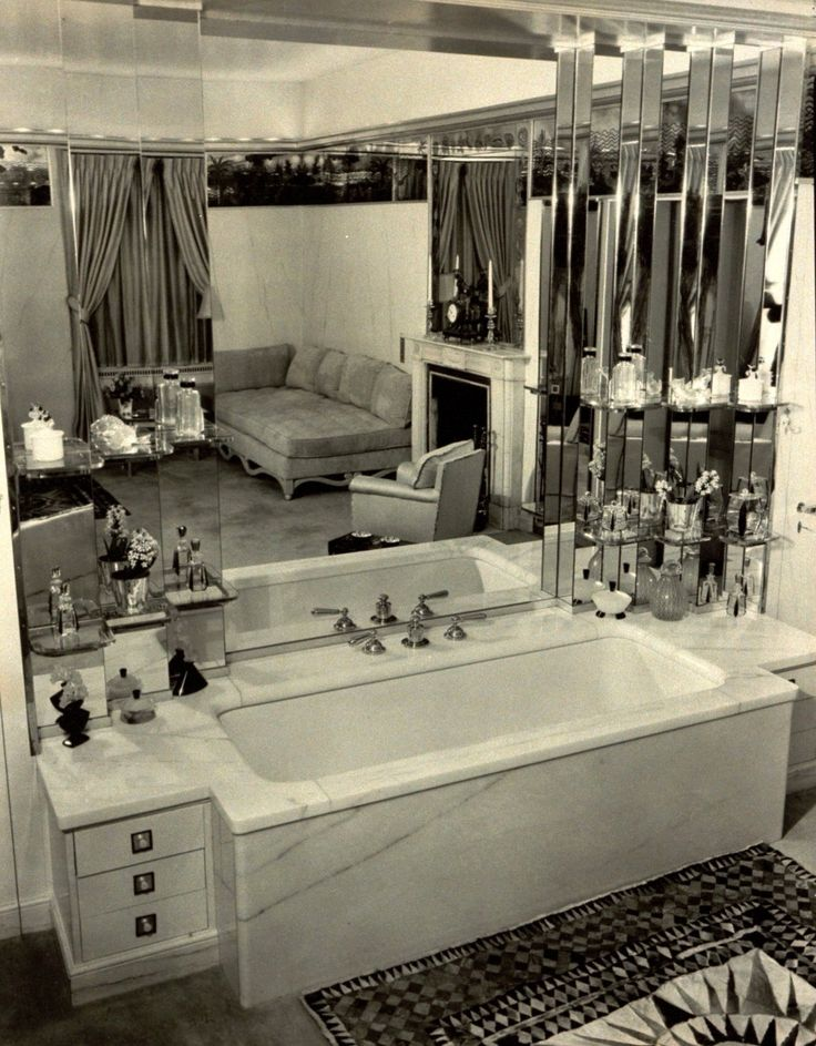 The grand bath in the New York City bathroom of Mrs. Harry Payne Bingham.