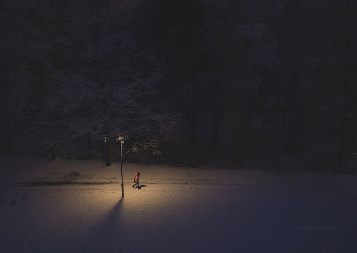 lonely figures return home.. by katrin zdragka on 500px