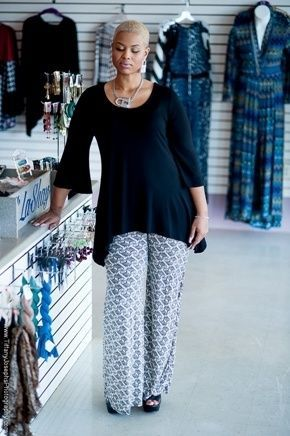 How to Wear Plus Size Palazzo Pants http://www.delightfullycurvy.com/how-to-wear-plus-size-palazzo-pants/