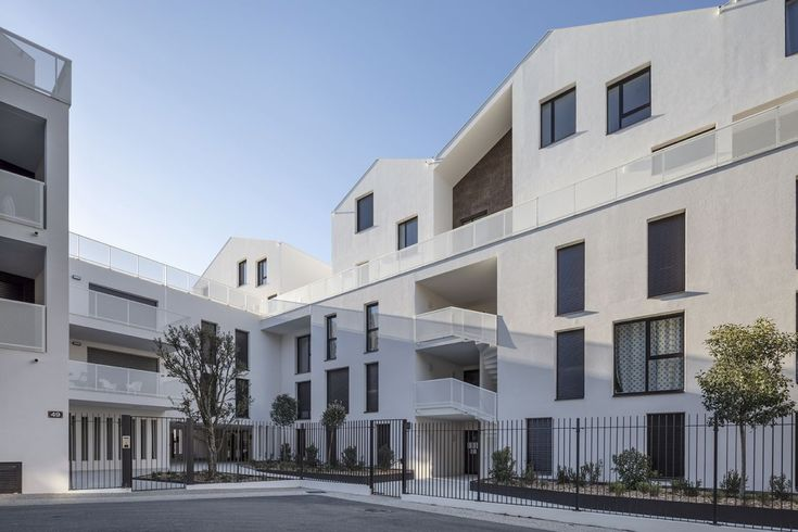 INCOGNITO 40 LOGEMENTS à SAINTJEANDEVEDAS (34) 건축