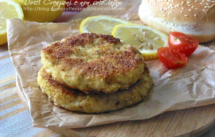 Burger di pesce fritto con doppia impanatura, anche al forno