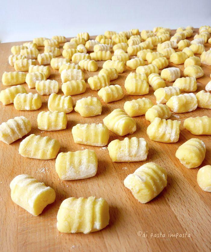 Di pasta impasta: Gnocchi di patate (Accademia Montersino) e pesto d...