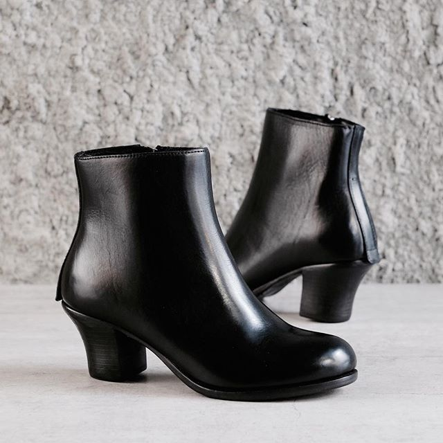1000  images about Women's Ankle Boots on Pinterest | Loafers ...
