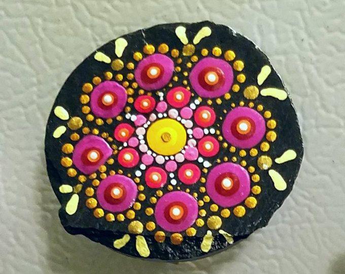 Pinza de pizarra magnética /Dot arte / arte rupestre / hecho a mano / Home decoración por Miranda Pitrone oro blanco rosado / mandala