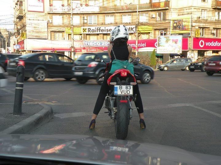 Romania Bucharest... street fashion :)