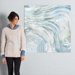 Agate in Blue II Graphic Art on Wrapped Canvas