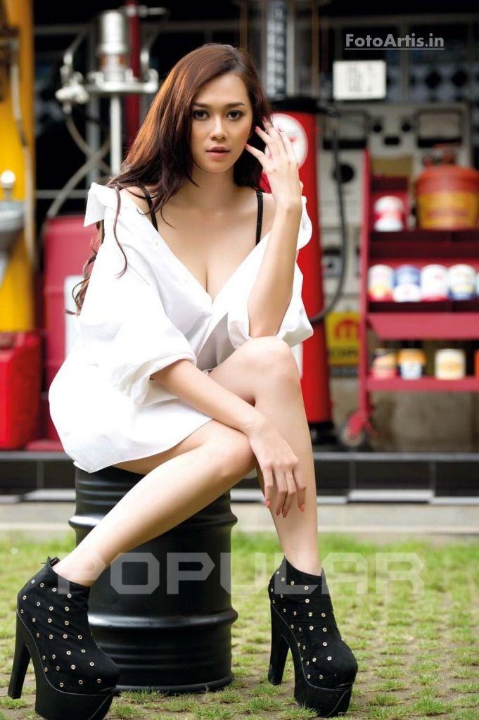 Sanny Aura Syahrani (Aura Kasih), Bandung, Indonesia. She's an Indonesian singer, model & actress.
