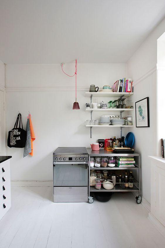 White kitchen. Frederrike Heiberg. Rikke Graff Juel.