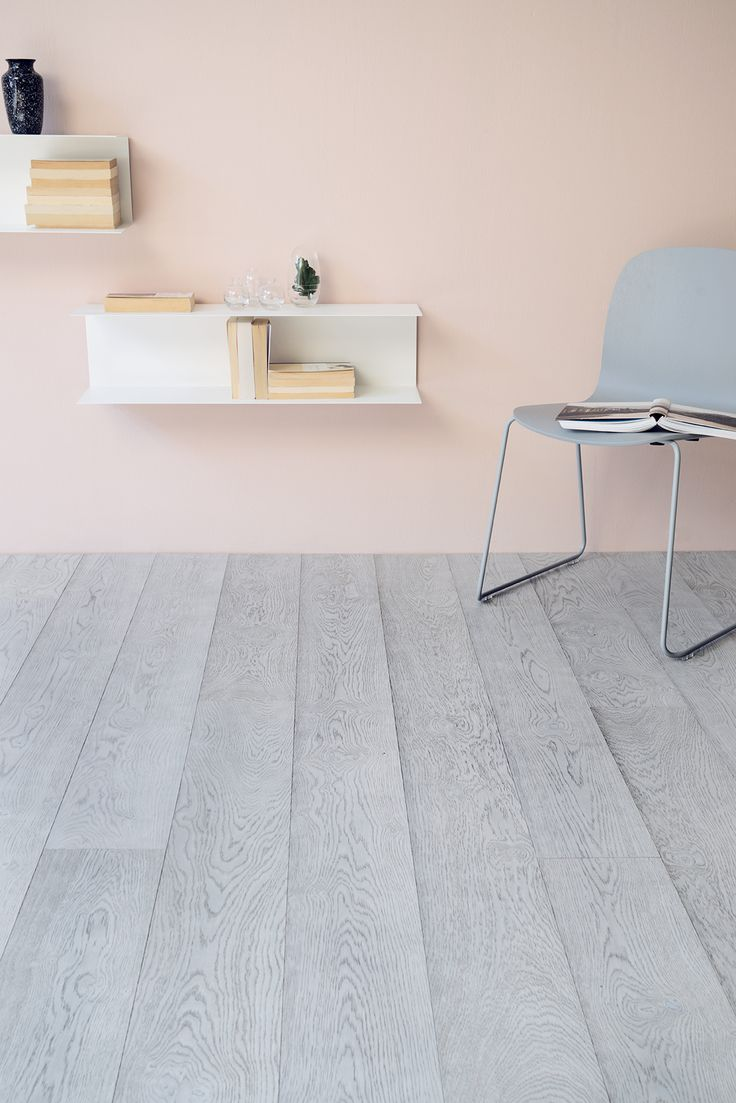 So mat, so grey, so stunning! Oak Handwashed  HUSKY, brushed matt lacquered.