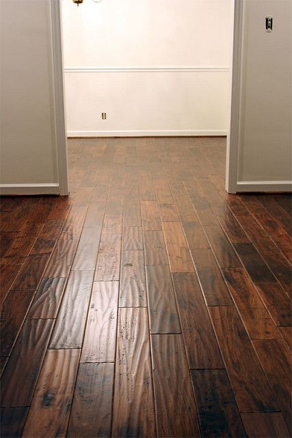 """Virginia Mill Works 3/4"""" x 4-3/4"""" Golden Teak Handscraped Flooring"""