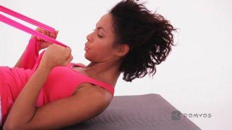 Video di esercizi con la Pilates Band Domyos,Allenate addominali e glutei.