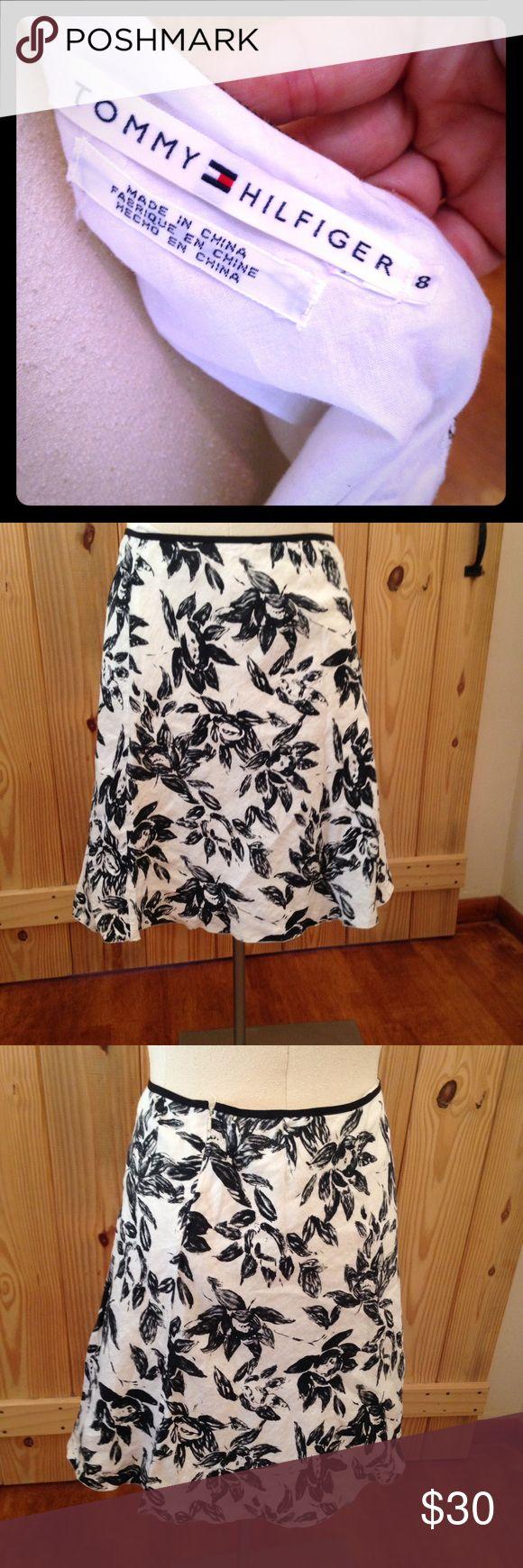 44 Tommy Hilfiger linen black and white skirt sexy Super adorable midi length tea skirt black and white classy pattern size 8 Tommy Hilfiger Tommy Hilfiger Skirts Midi