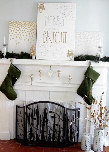 A bright and modern Christmas mantle /  Jenna Ryan Real Estate - Sudbury, ON -www.homesbyjenna.ca #winter #holiday #christmas #stockings #mantle #decor #love #homesbyjenna