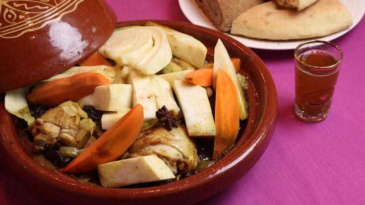 Tajine met kip, witte kool, knolselder en zoete aardappelen   VTM Koken