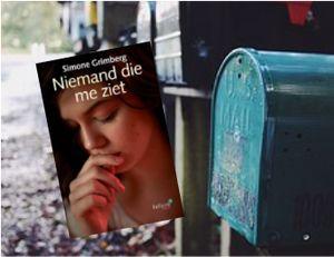Vandaag in de brievenbus bij Wendy Wenning het nieuwe boek 'Niemand die me ziet' van Simone Grimberg. Binnenkort verschijnt haar recensie op haar site Passie voor boeken. #niemanddiemeziet #simonegrimberg #passievoorboek #futurouitgevers