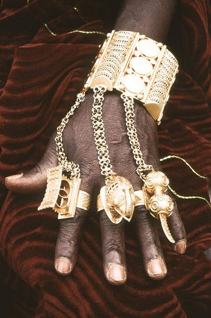 Emmy DE * Africa   Details of the jewellery worn on the hand of King Bonoua, Ivory Coast.