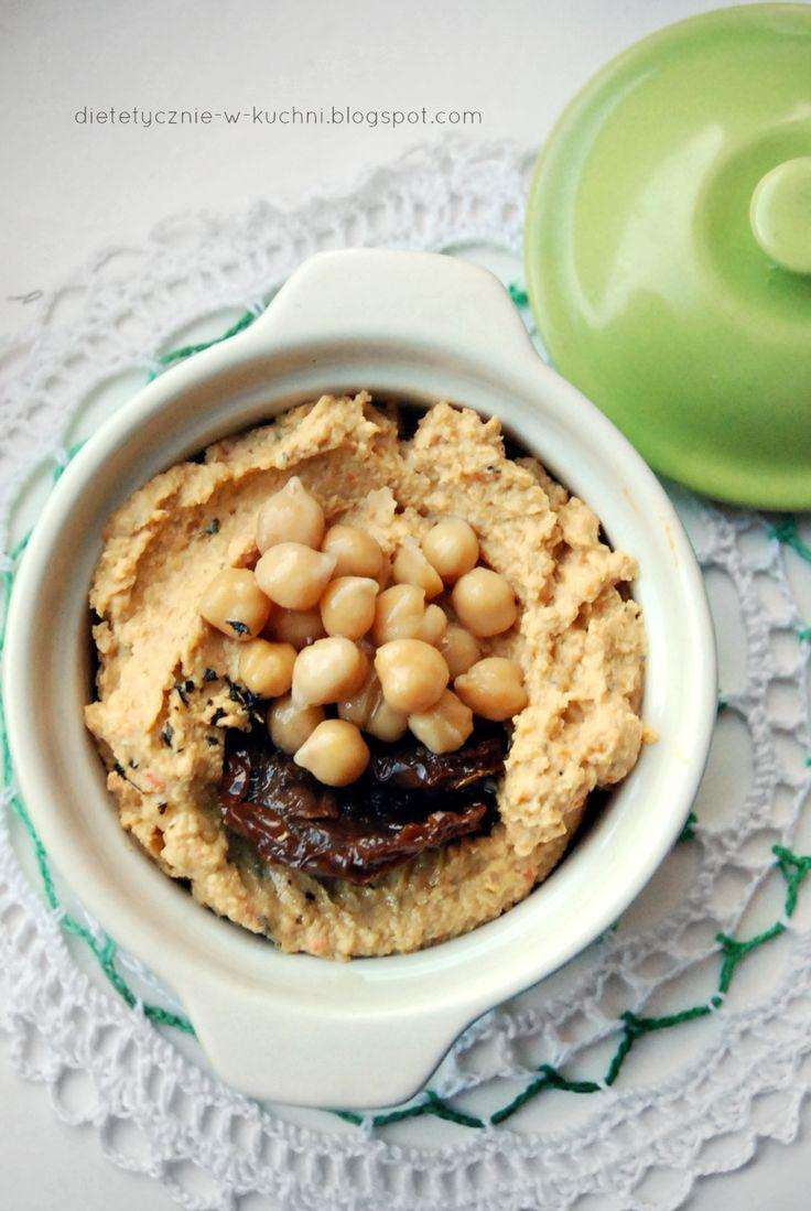 Moje Dietetyczne Fanaberie: Hummus z pieczoną marchewką i suszonymi pomidorami