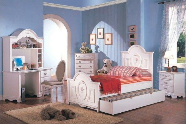 Weiß hellblaues Jugendzimmer für Mädchen einrichten - Bett mit Bettkasen  super schöner schreibtisch inklusive regale