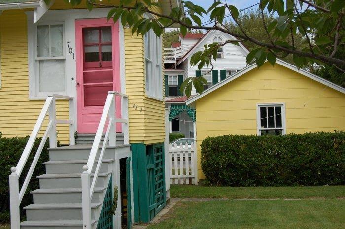 Yellow House With Pink Front Door Yellow House Pink Door