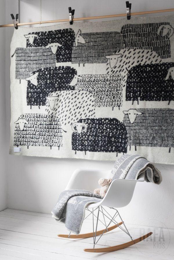 Amazing wooly sheep wall hanging AprilandMay MINI #kids #decor