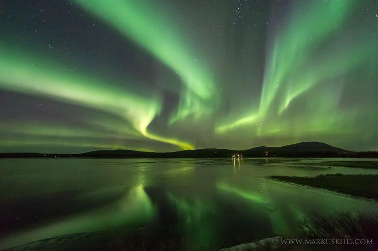 Auroras above Äkäslompolo