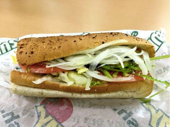 海外のサブウェイでは従業員は「サンドイッチアーティスト」と呼ばれている